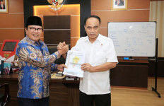 Wamendes Bahas Prospek Bawang Putih di Lombok Timur - JPNN.com