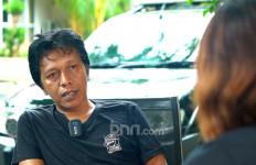 Setuju Jika Ada Debat Terbuka Adian Napitupulu Vs Erick Thohir? - JPNN.com