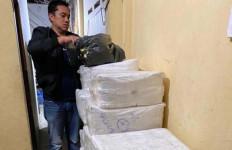 Jutaan Butir Pil Koplo Disimpan di Rumah - JPNN.com
