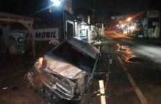 Mobil Tabrak Motor di Lingkar Selatan Serang, 1 Orang Tewas, 3 Luka-luka - JPNN.com