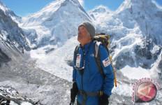 Gunung Everest Ikut Terkena Imbas Corona - JPNN.com