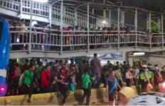 Remaja 11 Tahun Tertabrak TransJakarta - JPNN.com