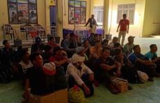 284 TKI Ilegal Dideportasi dari Malaysia - JPNN.com