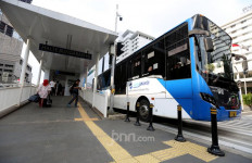 Asyik, Seluruh Halte Transjakarta Kini ada WiFi Berkecepatan Tinggi Tanpa Bayar dan Batasan Kuota - JPNN.com