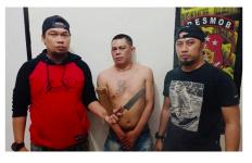 Alamak, Dani Sempoyongan Kena Gampar Pria Bertato Elang - JPNN.com