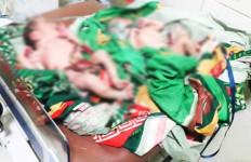Bayi Kembar Dibuang di Tempat Pembuangan Sampah, Heboh! - JPNN.com