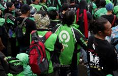 Pemerintah Berencana Pakai Jasa Ojek Online, Gojek dan Grab Siap-siap ya - JPNN.com