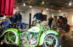 Tim Suryanation Motorland Dibuat Melongo di Markas Builder Dunia - JPNN.com
