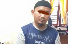 Pak Ariono Ketahuan Pasang Kamera di Kamar Mandi Guru Wanita, Isi Rekamannya, Ya Ampun - JPNN.com