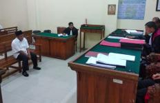 Tok, Sumarwan Divonis 2 Tahun 6 Bulan Penjara - JPNN.com