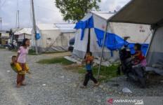 Tolong! Korban Gempa Juga Butuh Bantuan, Banyak yang Masih Tinggal di Tenda Darurat - JPNN.com