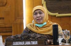 Gubernur Khofifah Perpanjang Masa Belajar Daring Siswa - JPNN.com
