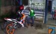 Driver Ojol Merintih Sakit di Warung, Tak Ada Warga yang Berani Membawa ke RS
