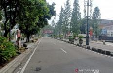 Cegah Corona, Polisi Tutup Jalan Raya di Bandung - JPNN.com