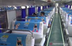 Kereta Api Tujuan Bandung Dibatalkan - JPNN.com