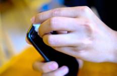 Ini Cara Tepat Membersihkan Ponsel Anda Selama Wabah COVID-19 - JPNN.com