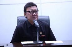 Menantu, Staf dan Sopir Menteri Tjahjo Jalani Isolasi 17 Hari, Hasilnya? - JPNN.com