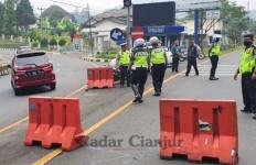 Isolasi Lokal! Tak Punya KTP Cianjur Dilarang Masuk - JPNN.com