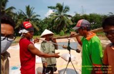 Terima Kasih untuk Para Petani yang Tetap Semangat Panen Padi di Tengah Wabah Virus Corona - JPNN.com