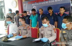 Oknum Kepala Desa dan Anaknya Jadi Tersangka Pembunuhan Sadis, Lihat Tampangnya - JPNN.com