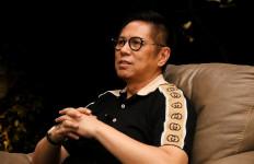 Mulyadi Bagikan Masker dan Sembako untuk Lansia Sumbar - JPNN.com