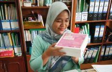 Virus Corona: Diana Dewi Bagikan Nasi Kotak ke Rumah Sakit Hingga Akhir April - JPNN.com