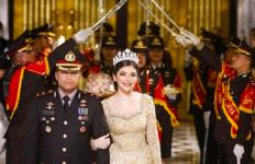 5 Berita Terpopuler: Pernikahan Viral Kapolsek Kembangan, Sindiran Luhut, Semoga Cepat Sembuh - JPNN.com