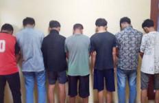 Tujuh Siswa SMK Garap Adik Kelas Secara Bergiliran di Ruang Praktek Sekolah - JPNN.com
