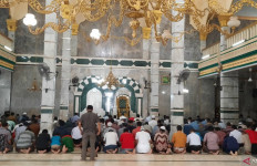 Seruan Terbaru soal Salat Jumat dan Ibadah Lain di Masjid - JPNN.com