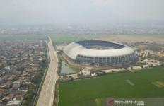 Warga Tolak Tes Cepat COVID-19 Digelar di Stadion GBLA - JPNN.com