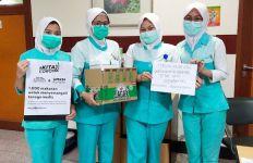 OT Group Bagikan 1.000 Minuman Herbal untuk Tenaga Medis - JPNN.com