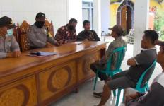 Teganya Korupsi Uang untuk Tanah Makam Warga, Awas Kena Azab - JPNN.com