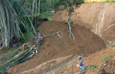Begini Detik-detik Terjadinya Longsor yang Menewaskan Tiga Orang di Tana Toraja - JPNN.com