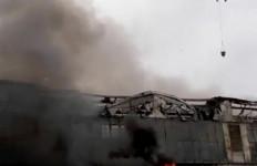 Astaga! Rumah Sakit Darurat Corona Terbakar, Satu Orang Tewas - JPNN.com