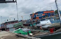 Gelar Penindakan di Tengah Pandemi Corona, Bea Cukai Amankan KM Silvi Jaya - JPNN.com