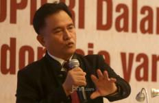 Presiden Cabut Lampiran Perpres soal Investasi Miras, Yusril Bilang Begini - JPNN.com