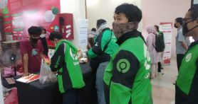 Masyarakat Antusias Belanja ke Toko Tani Indonesia Center Kementan Pasar Minggu