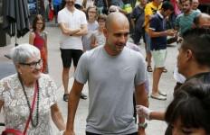 Corona Pisahkan Pep Guardiola dan Ibunya - JPNN.com