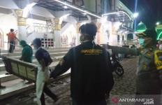 Rasul Meninggal Mendadak di Masjid, Satgas Penanggulangan COVID-19 Langsung Gerak Cepat - JPNN.com