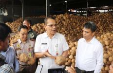 Ekspor Kelapa Parut Sumut ke Tiongkok Tidak Surut di Tengah Pandemi Corona - JPNN.com