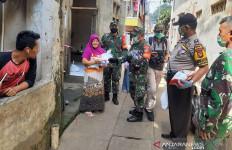 Hari Pertama PSBB DKI Jakarta, 1.000 Sembako Spesial Buat Kebayoran Lama - JPNN.com