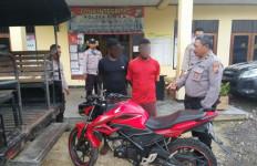 2 Pria Ditangkap Warga Saat Sedang Mendorong Motor CB150R - JPNN.com