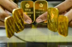 Harga Emas Naik Lagi, Ada yang Mulai Panik - JPNN.com