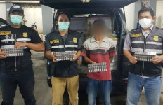 Bea Cukai Jatim I Bongkar Pengiriman Rokok Ilegal Empat Kali Berturut-turut - JPNN.com
