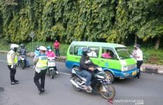 Hari Pertama PSBB di Kota Bogor, Banyak Pengendara Cuek - JPNN.com