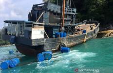 Ngeri! Puluhan Warga Tewas di Atas Perahu, 382 Orang Selamat - JPNN.com