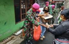 Selama Penerapan PSBB, TNI Siapkan Ribuan Nasi Bungkus Untuk Masyarakat - JPNN.com