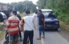 Kesal, Sejumlah Pemuda Adang Pengguna Jalan yang Hendak Masuk Prabumulih - JPNN.com