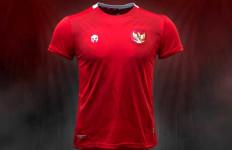 Timnas Indonesia Punya Jersey Baru, Ini Selisih Harga dengan Kaus Sebelumnya - JPNN.com