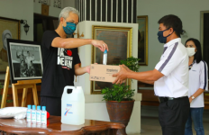 Terima Bantuan Pengusaha Taiwan, Ganjar Punya Permintaan Khusus soal PHK - JPNN.com